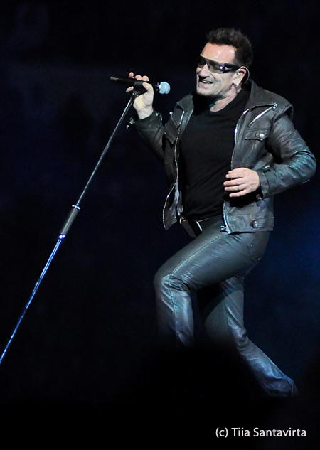 U2 Helsinki 2010 by Tiia Santavirta