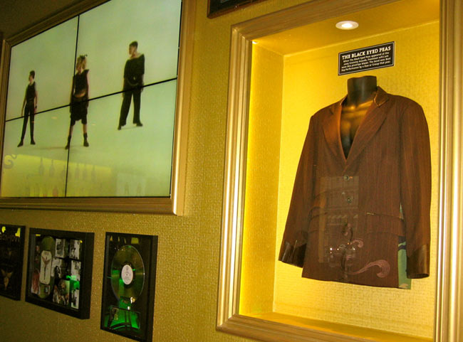 Hard Rock Cafe Michale Ja