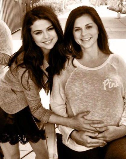 Suku puoli videoita Selena Gomez