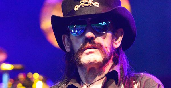 Lemmy Kilmister esiintymässä Iso-Britanniassa kesällä 2015. Kuva: Splash