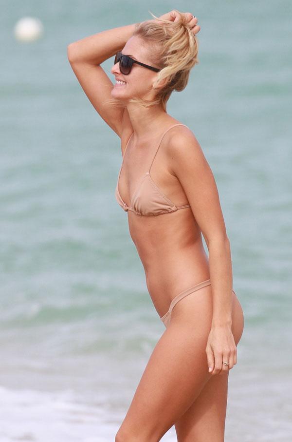 Naiset, joilla on nude beach-6299